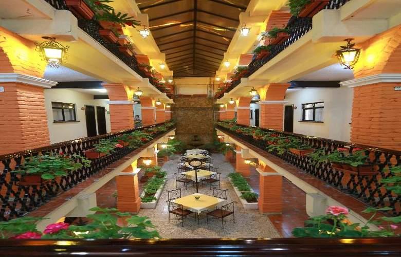 Del Carmen - Hotel - 3