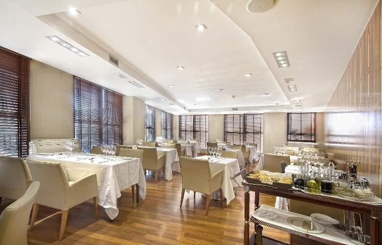Exe Plaza - Restaurant - 2