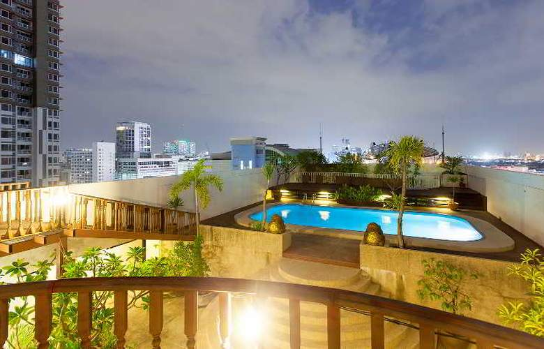 The Victory  Executive Residences - Pool - 50