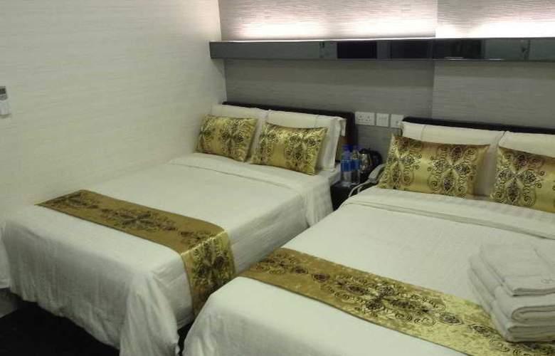 California Hotel - Room - 21