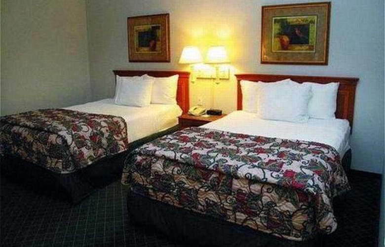 La Quinta Inn & Suites St Louis / Westport - Room - 4