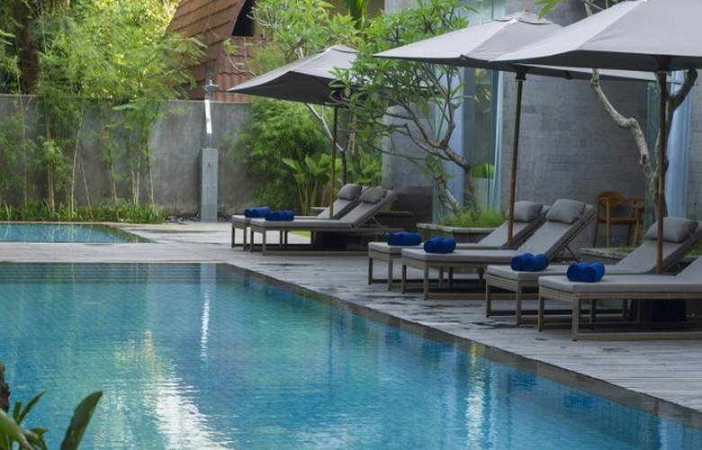 Maya Sanur Resort & Spa - Pool - 13