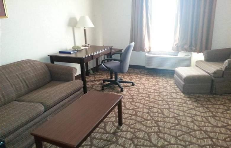 Best Western Joliet Inn & Suites - Pool - 143