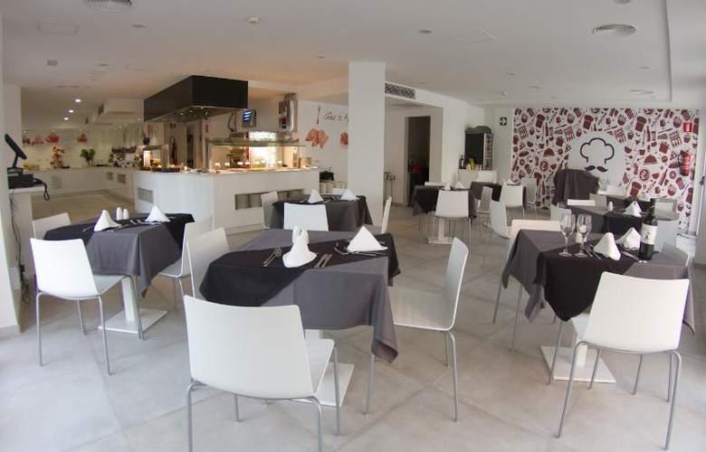 Triton Beach by Crea Hoteles (Sólo Adultos) - Restaurant - 16
