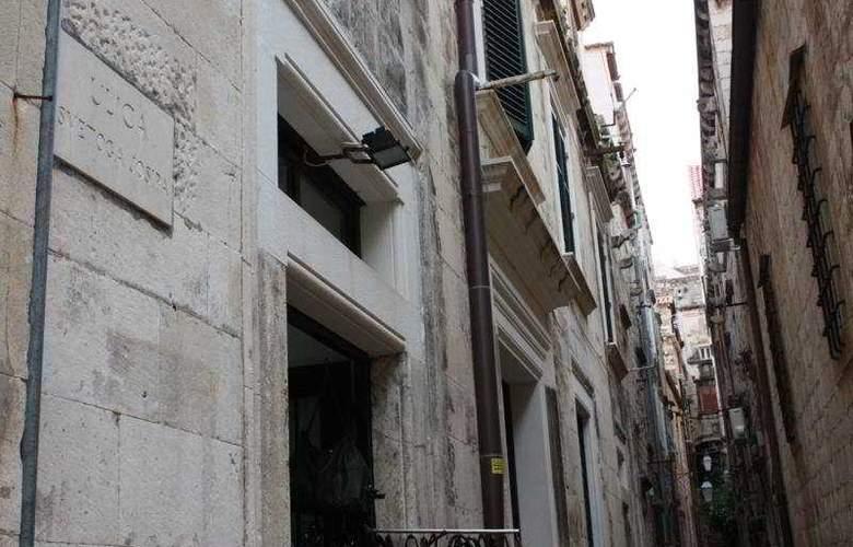 Celenga Apartments - General - 4