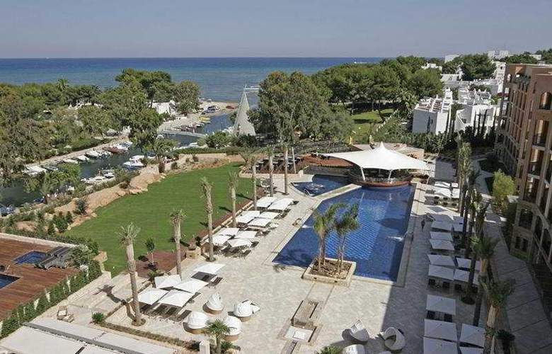 Insotel Fenicia Prestige Suites & Spa - Pool - 13