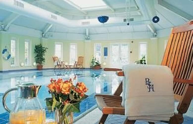 Macdonald Bath Spa - Pool - 4