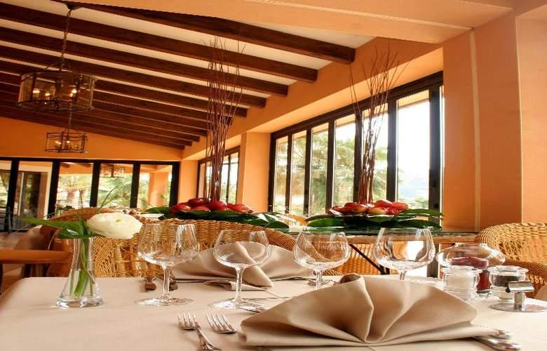 Mon Port Hotel Spa - Restaurant - 140