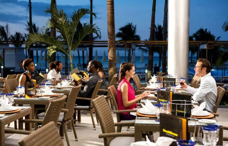 Riu Palace Jamaica - Terrace - 7