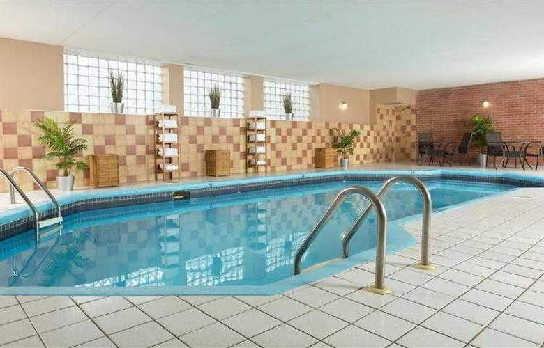 Best Western Plus Laval-Montreal - Hotel - 45