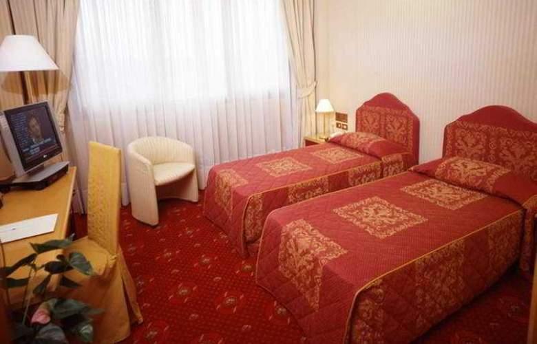 Air Milano Linate - Room - 5