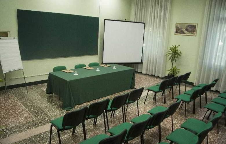 Casa La Salle - Conference - 22