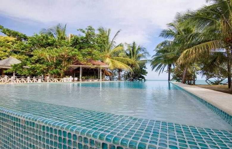 Coconut Beach Club - Pool - 7