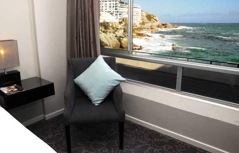 Ambassador & Executive Suites - Room - 7