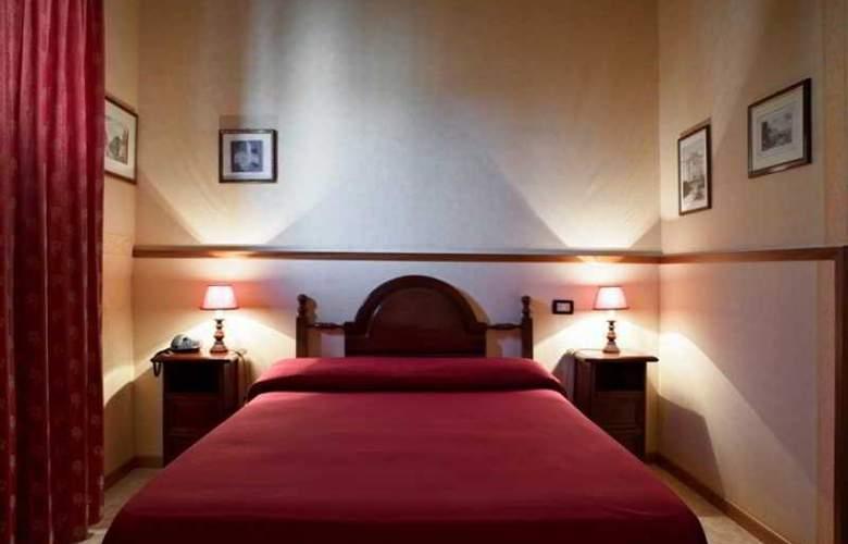 Villa Esperia - Room - 4