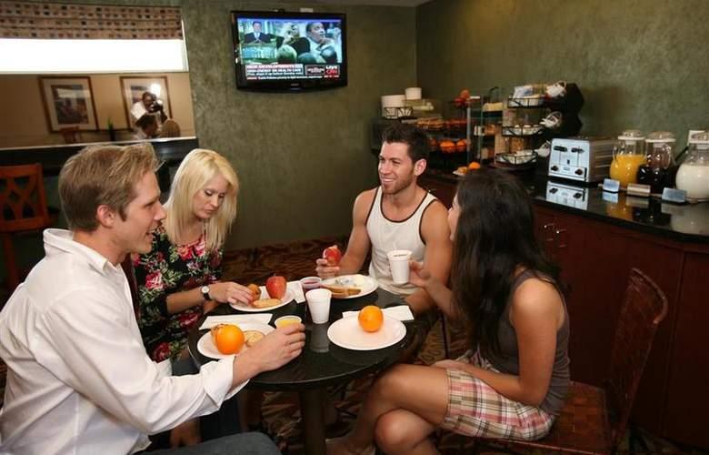 Best Western Newport Beach Inn - Restaurant - 48