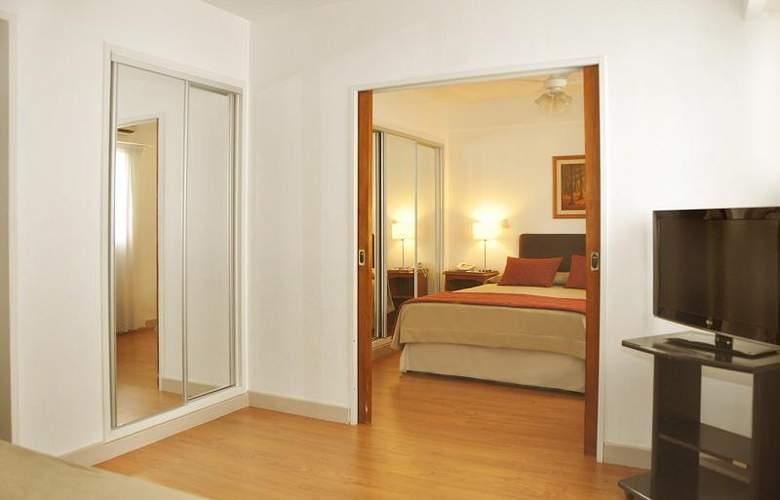 Gran Hotel Buenos Aires - Room - 12