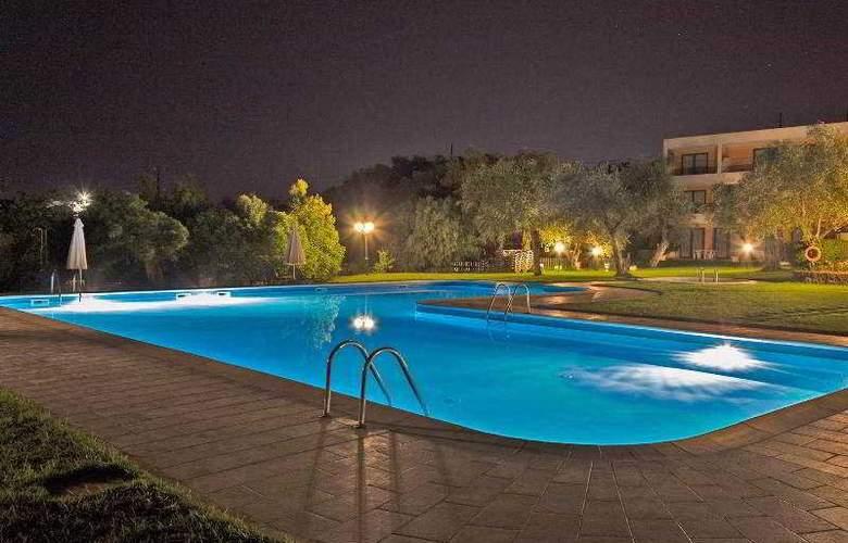 Saint Nicholas  - Pool - 8