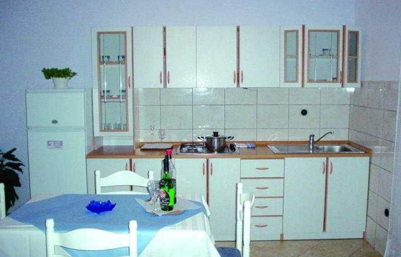 Ante Apartments - Room - 5