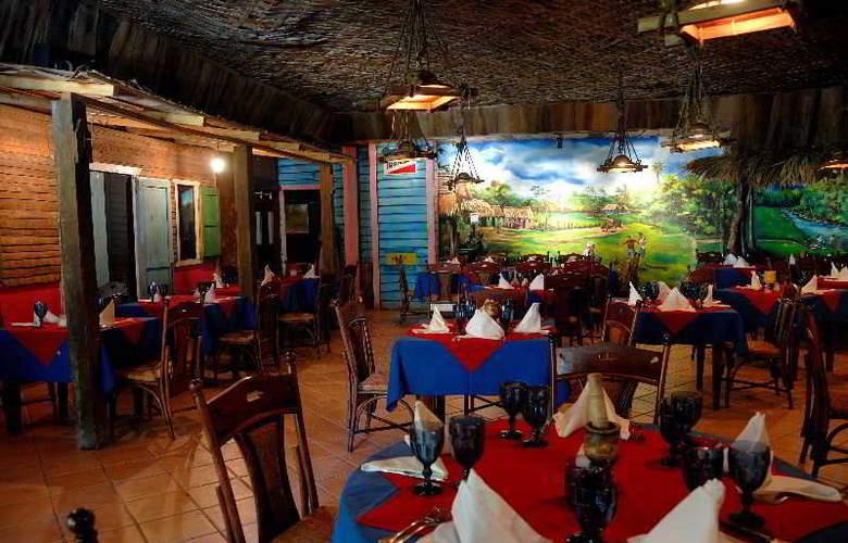 Tropical Princess All Inclusive - Restaurant - 38