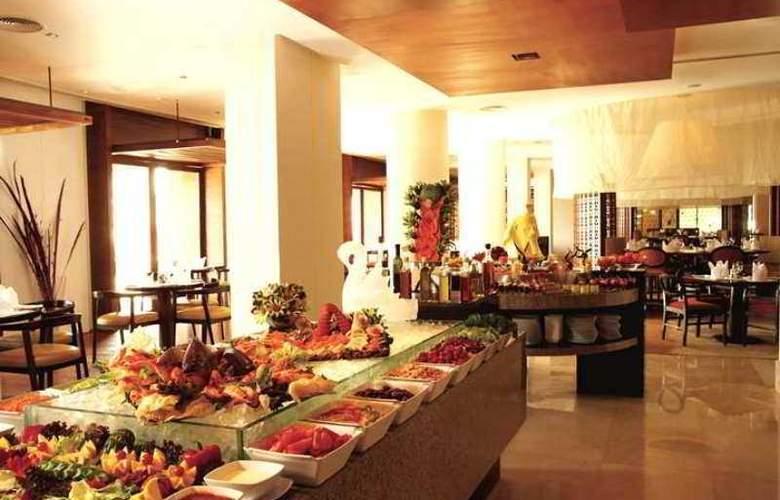 Hilton Luxor Hotel & Spa - Hotel - 8