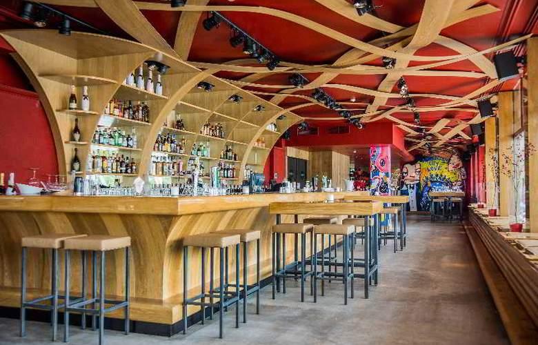 Wyndham Apollo Hotel Amsterdam - Bar - 14