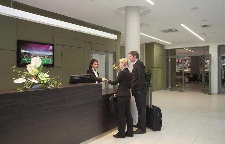 Best Western Premier Hotel Lanzcarre - Hotel - 9