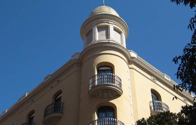 Residencia Erasmus Gracia - Hotel - 4