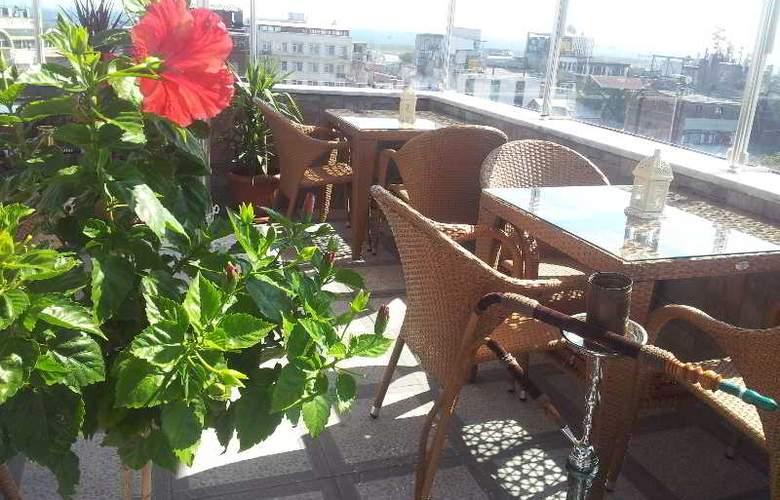 Erbazlar hotel - Terrace - 7