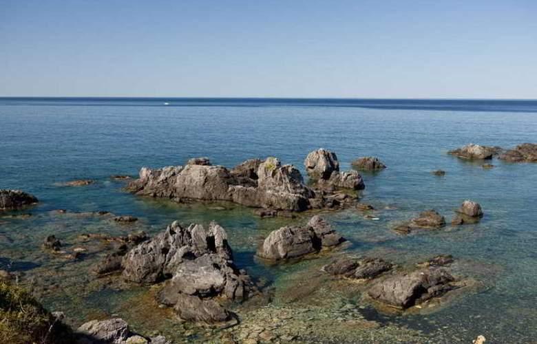 Murmann - Beach - 10