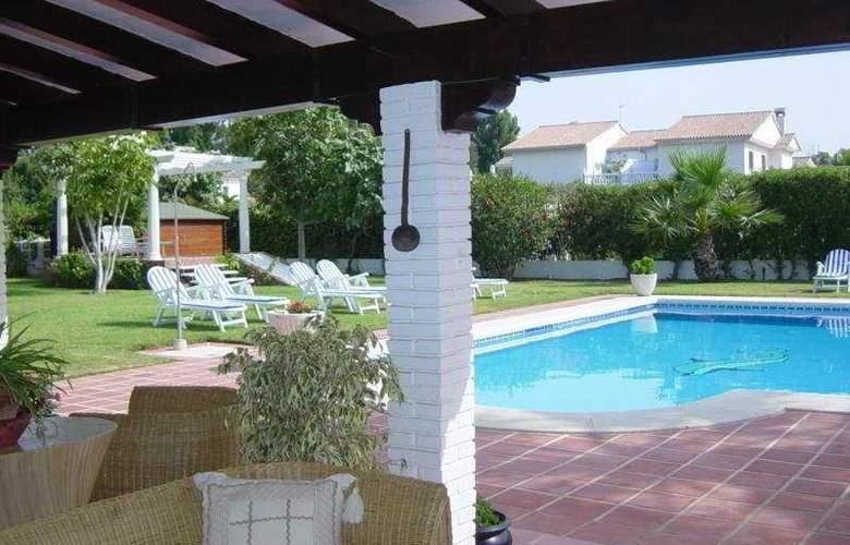Malaga Picasso - Pool - 5