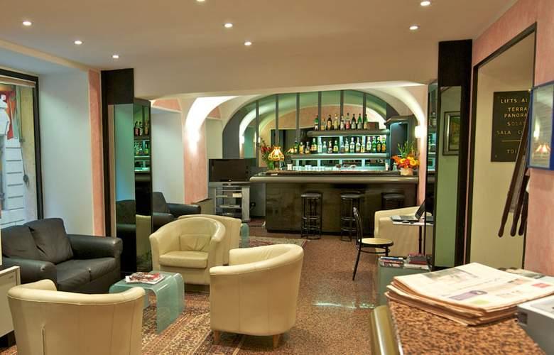 Comfort Europa Genova City Centre - Bar - 2