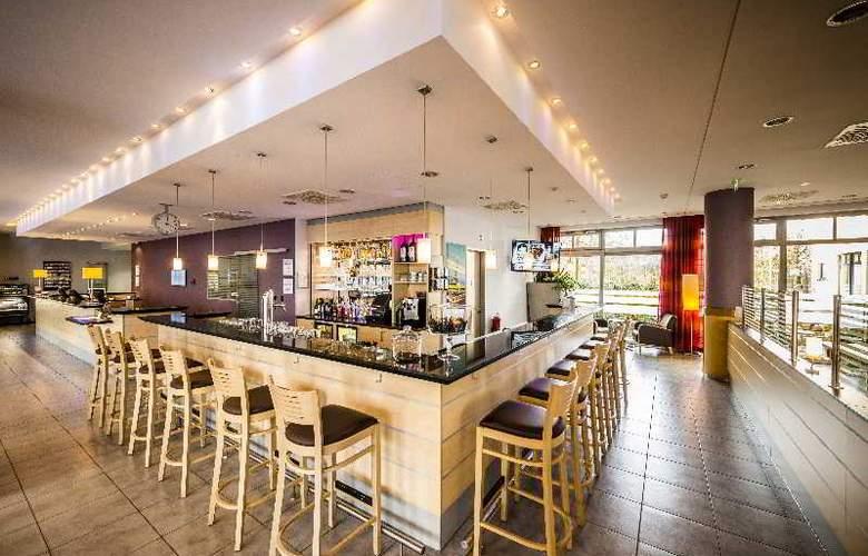 Holiday Inn Express Berlin City Centre - Bar - 18