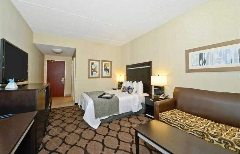 Best Western Plus Travel Hotel Toronto Airport - Hotel - 36