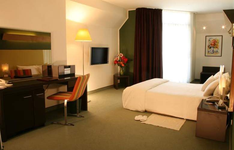 Four Points by Sheraton Catania Hotel & Conference - Room - 13
