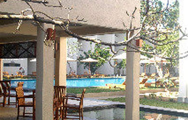 Mermaid Hotel & Club - Hotel - 0
