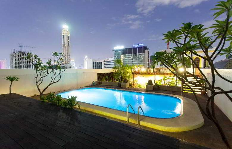 The Victory  Executive Residences - Pool - 7