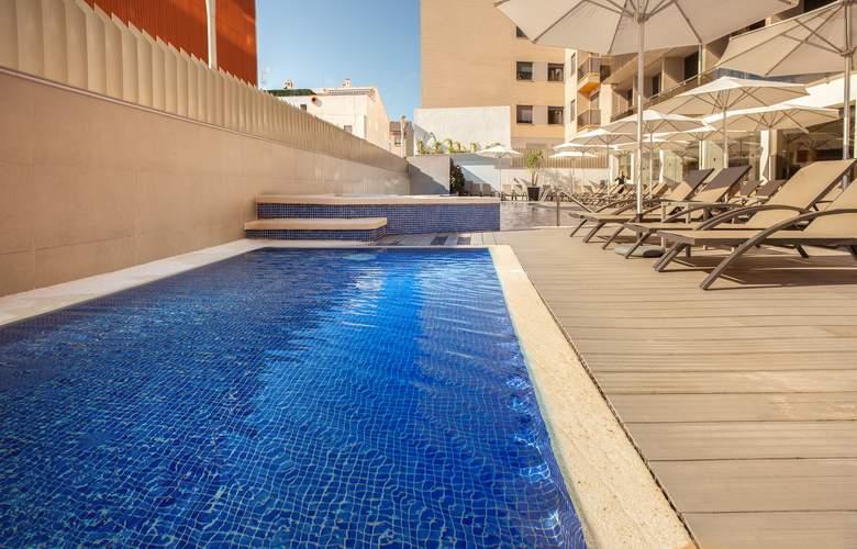 RH Vinaros Aura - Pool - 14