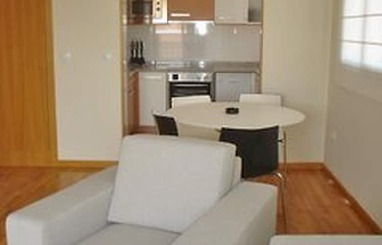 Apartamento Urbem Suites San Vicente - Room - 10