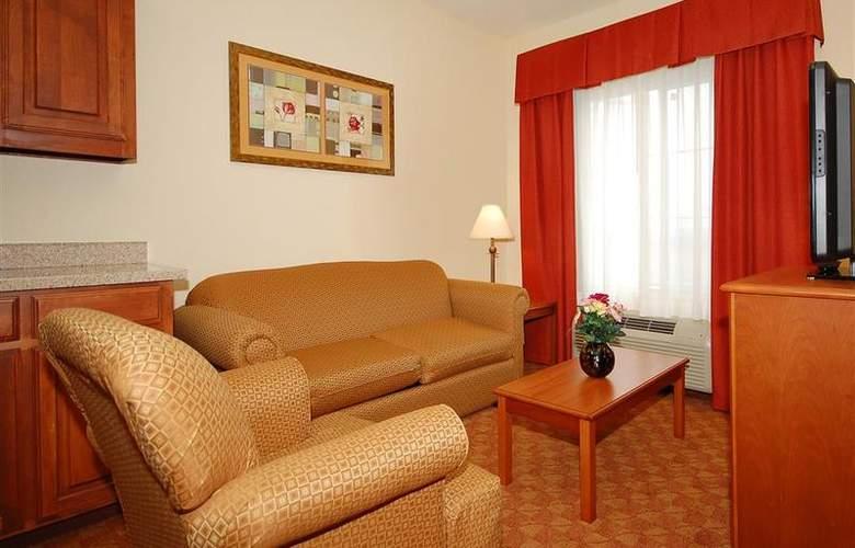 Best Western Plus San Antonio East Inn & Suites - Room - 113