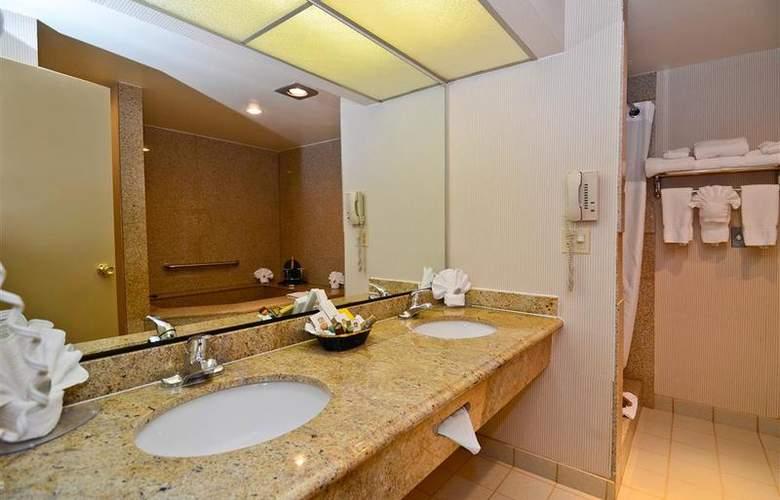 Best Western Newport Mesa Hotel - Room - 107