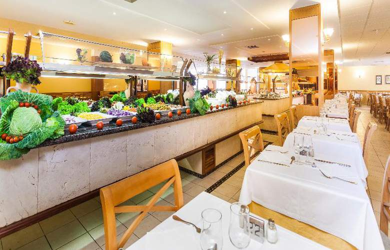 Pionero Santa Ponsa Park - Restaurant - 43
