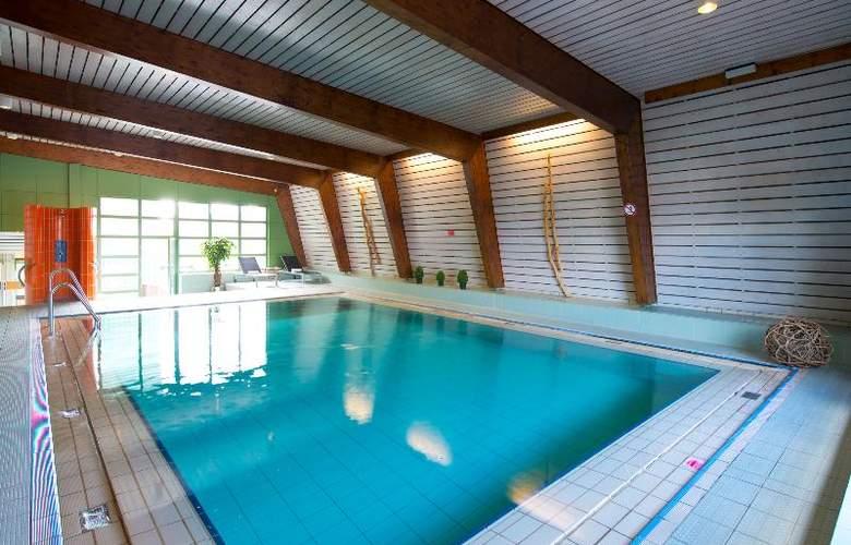 Leonardo Mannheim City Center - Pool - 3
