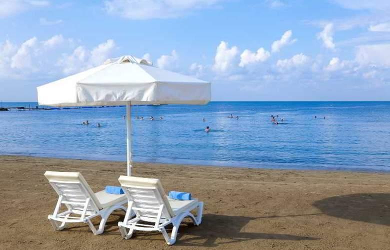 Club Bella Sun - Beach - 3