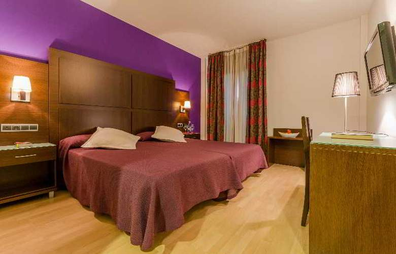 GIT Conquista de Granada - Room - 21