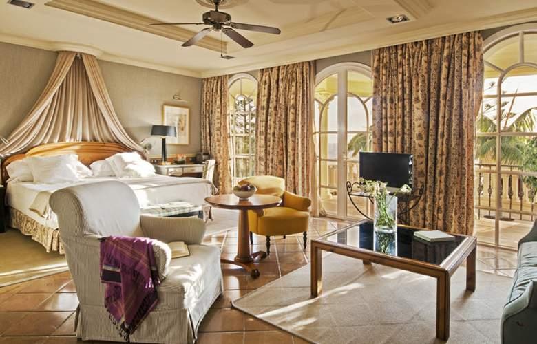 Bahia Del Duque Resort - Room - 9