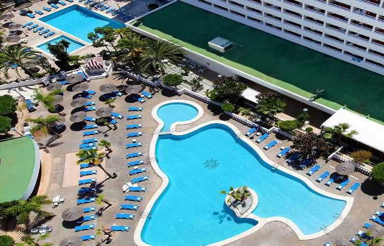 Poseidón Resort - Pool - 30