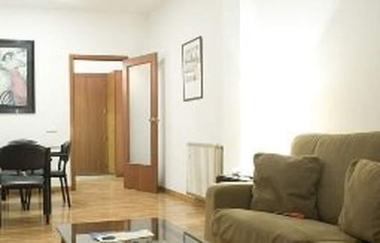 Aparthotel Bertran - Room - 2