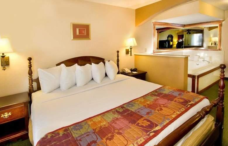 Best Western Alamo Suites - Pool - 28