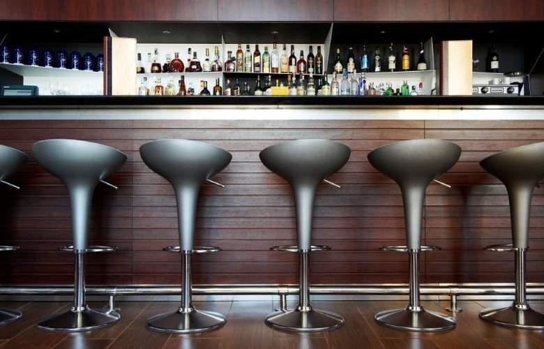 Le Meridien Ra Beach Hotel & Spa - Bar - 49